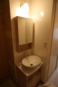シンプルでかわいい洗面。照明もしっとりしています!